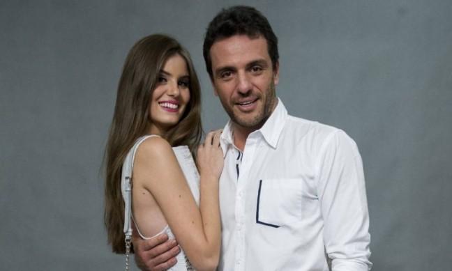 A química de Camila Queiroz e Rodrigo Lombardi,foi o ponto alto da trama. Foto: Reprodução